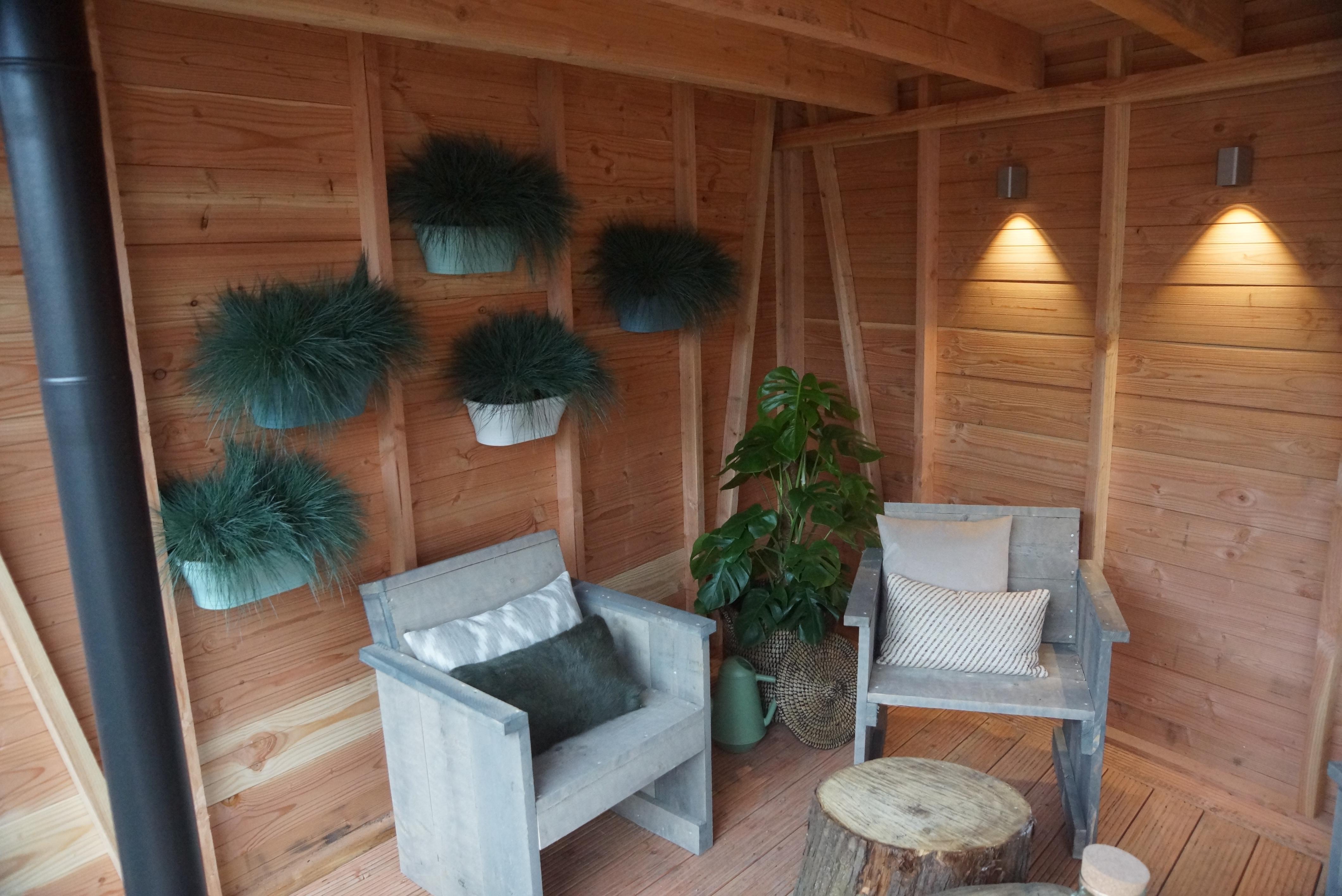 Eigen huis tuin siergras en een vlonder leggen praxis for Deuntje eigen huis en tuin