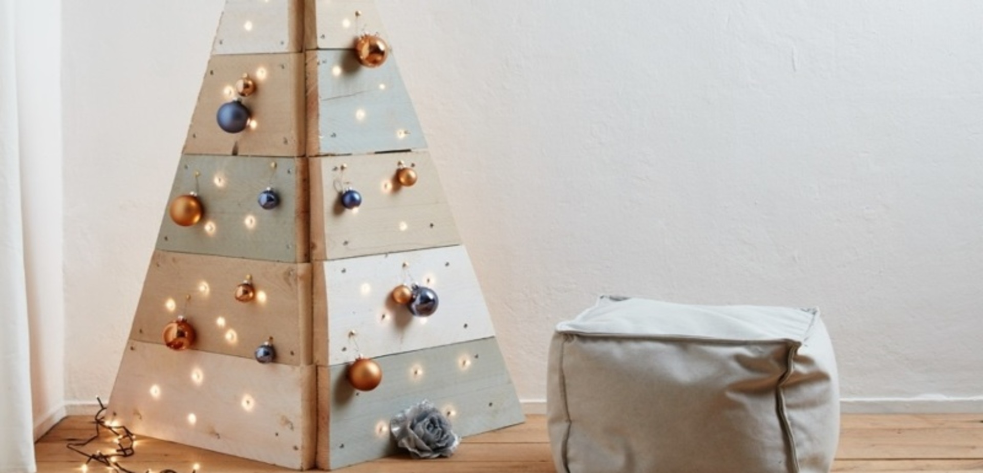 Houten kerstboom van steigerhout - Balk decoratie ...