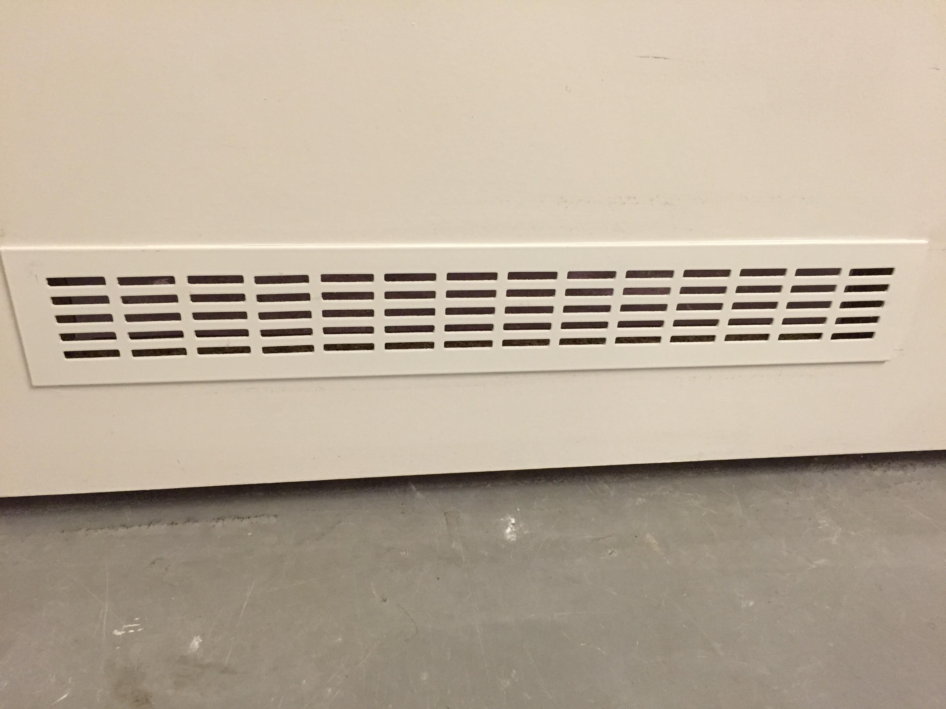 Ventilatie badkamer deur automatische ventilator inbouwen