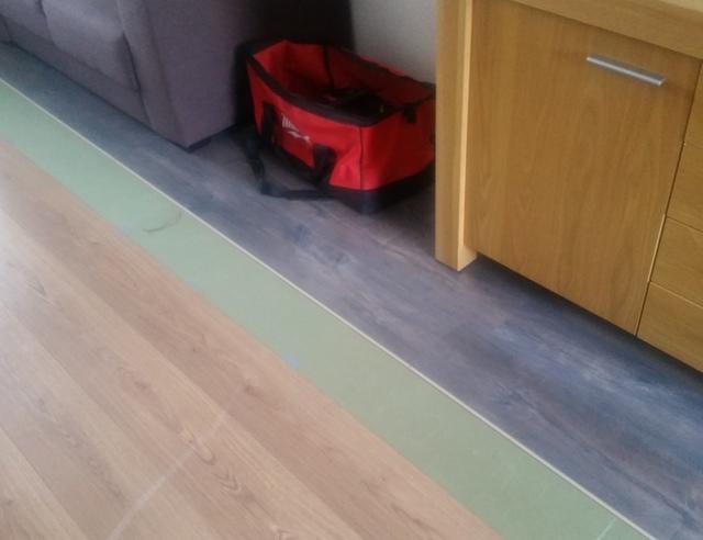 Laminaat vloer leggen Quick Step   voordemakers nl