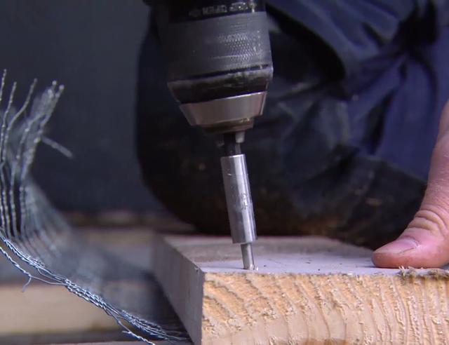 Tuinkast maken van steigerhout   voordemakers nl