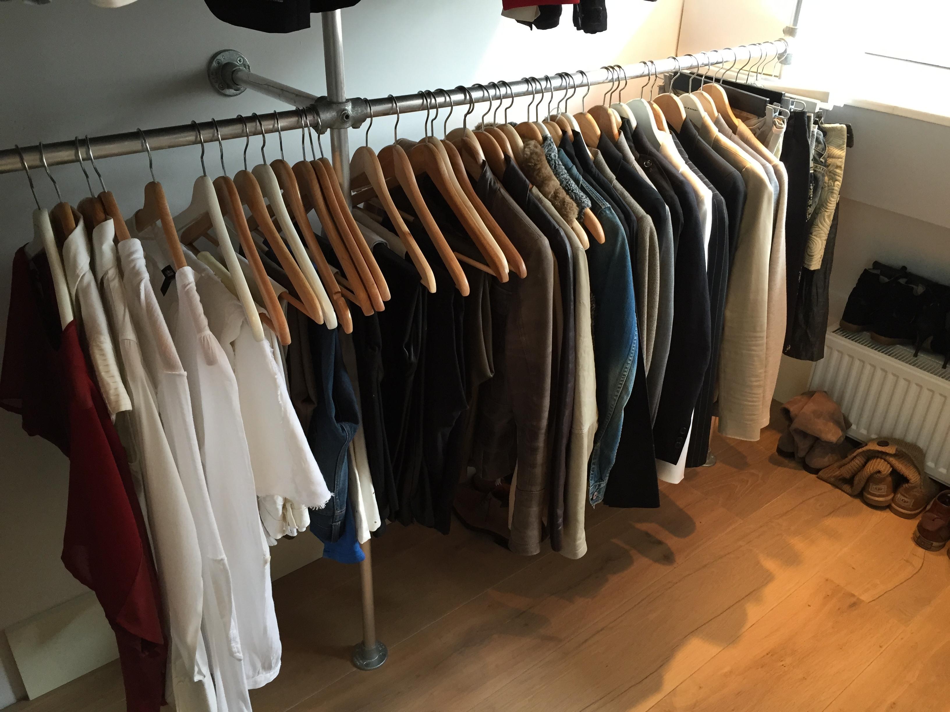 Buizenframe kledingrek : voordemakers.nl